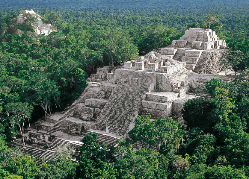 Pyramide de Calakmul, Etat de Campeche au Mexique
