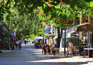 La Quinta Avenida, Playa del Carmen