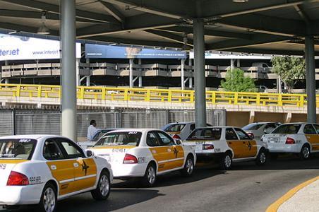 Les taxis de l'aéroport de Mexico