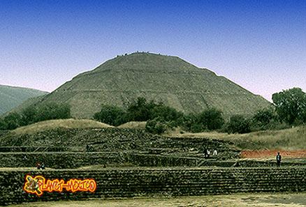 teotihuacan-pyramide