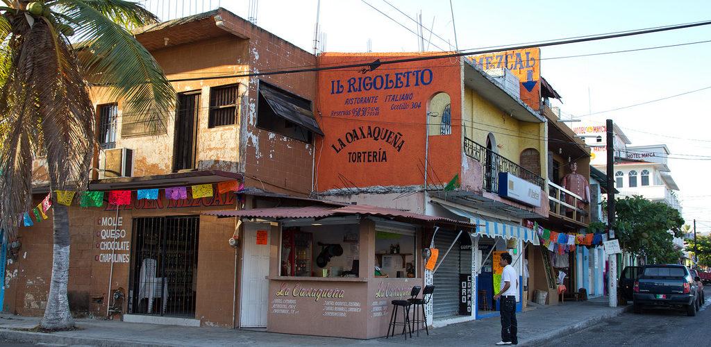 Village La Crucecita, Huatulco au Mexique